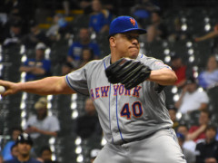 Bartolo Colon Thumbs His Way Through Seven Solid Innings