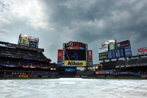 Mets-citi-field-rain-delay-e1467428937136