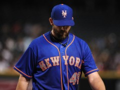 Niese Will Have Knee Surgery Thursday, Mets Recall Goeddel