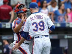 Replace-Mets Keep On Winning, Capture Top Wild Card Spot