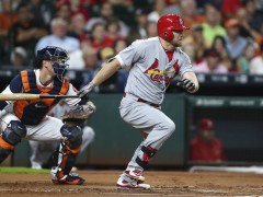 Royals Agree To Two-Year Deal With Brandon Moss