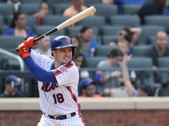 Travis d'Arnaud, Mets Avoid Arbitration With One-Year Deal