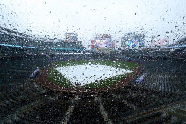 Mets-citi-field-rain-rained-out-e1493397135652
