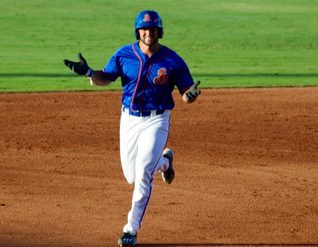 tim tebow hits homer for autistic fan mets merized online