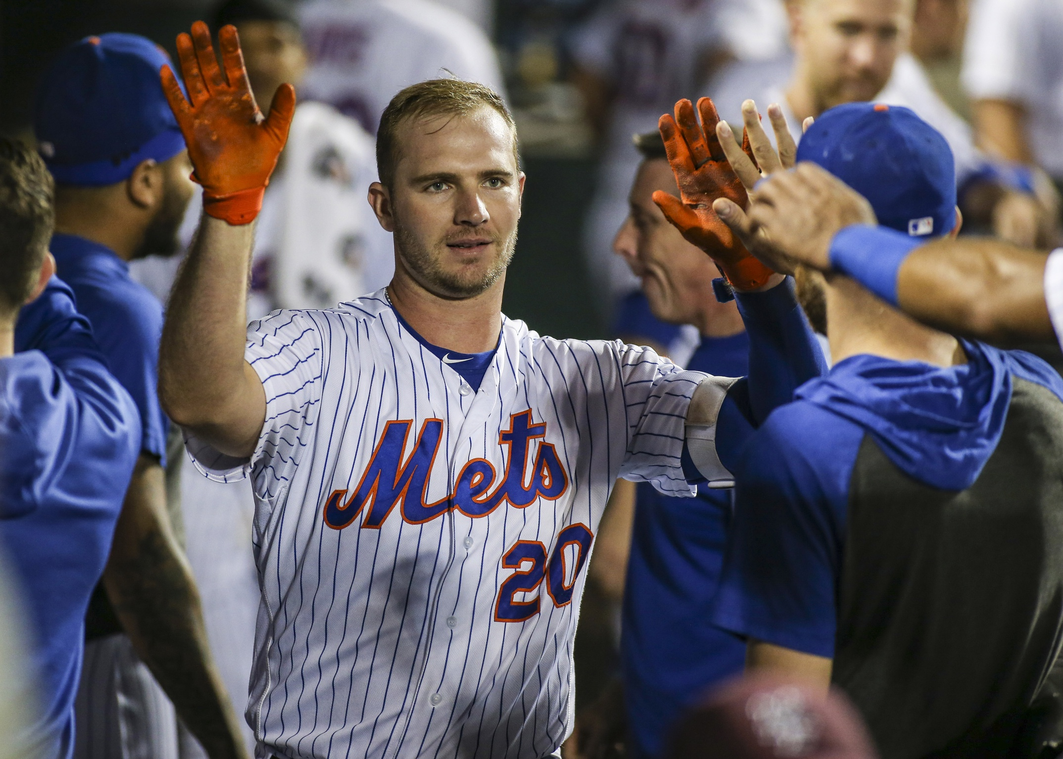 superior quality eecb7 f3f3d Pete Alonso Breaks Homerun Record As Mets Fall To Cubs ...