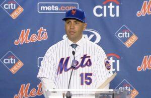 Otd In 2005 Carlos Beltran Officially Joins The Mets