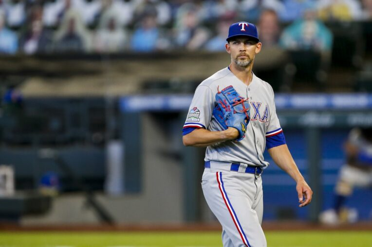 Kansas City Royals Sign Mike Minor to Two-Year Deal