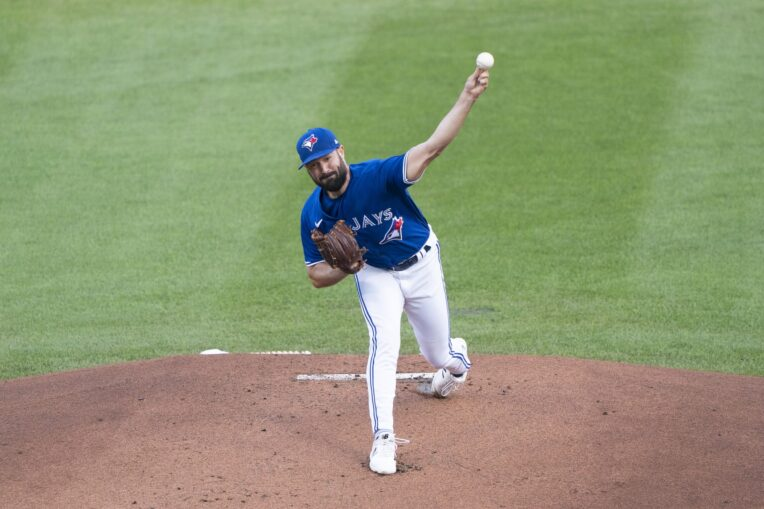 Blue Jays sign left-hander Robbie Ray to one-year contract