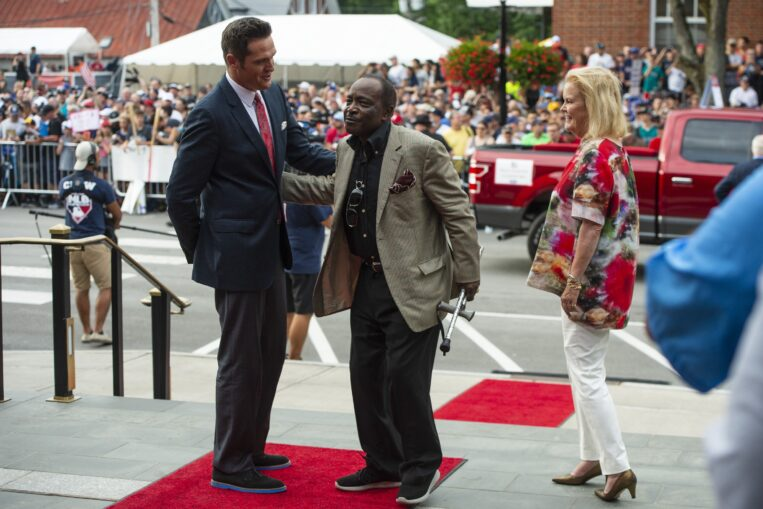 Reds legend Joe Morgan dies at age 77