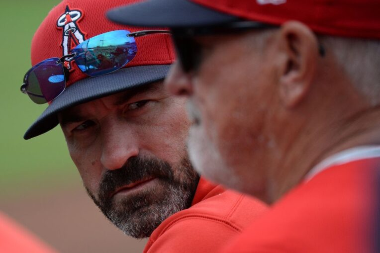 Angels suspend pitching coach Mickey Callaway