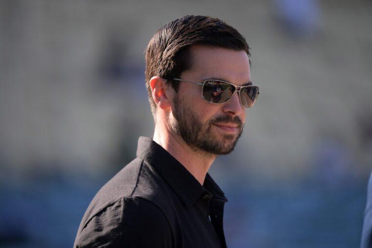 Mets Eyeing Dodgers Top Executives - metsmerizedonline.com
